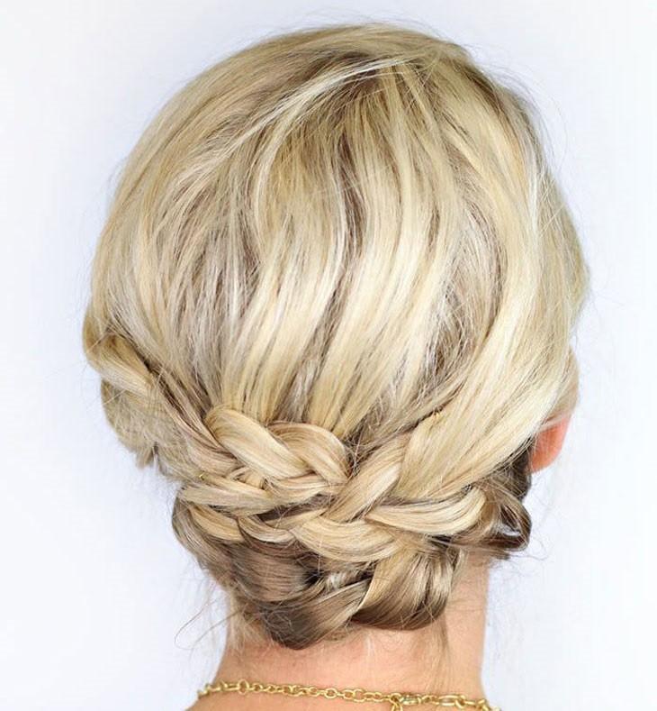 penteado cabelo curto cacheado